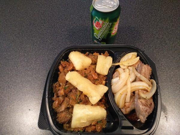 comida brasileña a domicilio en barcelona - Plato combinado numero 4
